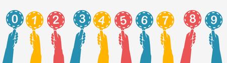 Mains humaines tenant des cartes de score colorées de silhouette. Définir des tableaux de bord colorés. Évaluation des jurys sur concours. Juges tenant le score. Design plat d'illustration vectorielle. Isolé sur fond.
