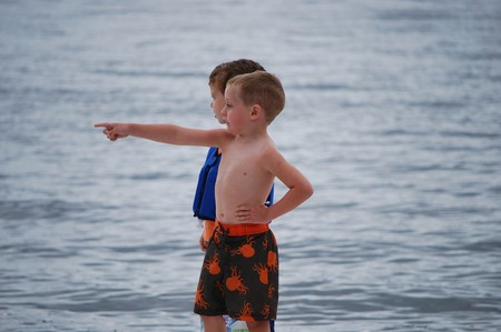 Little men at sea2
