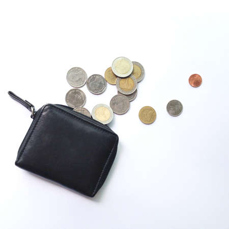 impoverish: spend all money in a purse