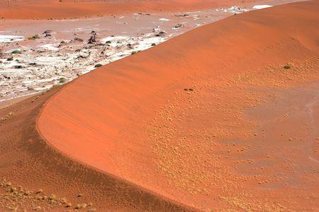vlei: Dune Closing Dead Vlei, Namibia Stock Photo