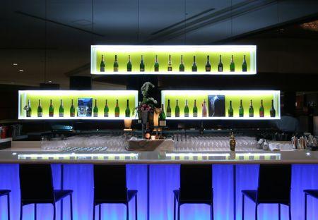 contadores: Bar en el club de moda  Foto de archivo