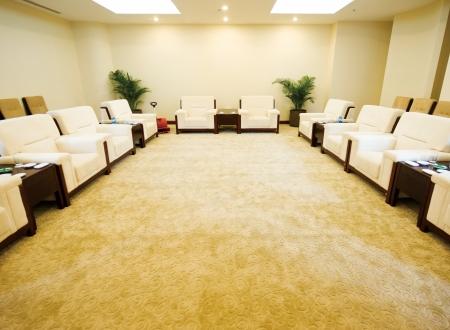 Empfangsraum in einem Hotel.