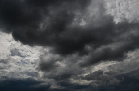 Fond de nuages ??sombres avant l'orage