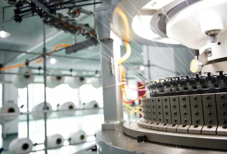 繊維産業 - 糸スプール紡績、織物工場内の機械