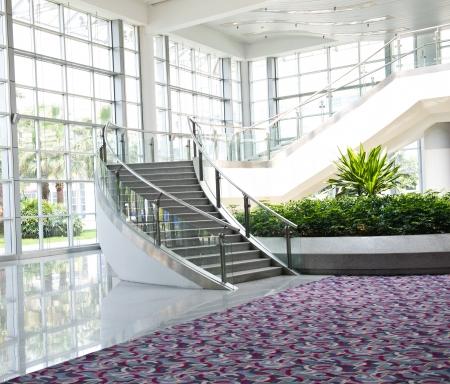 大きなビジネス会議センターの近代建築 写真素材 - 23562919