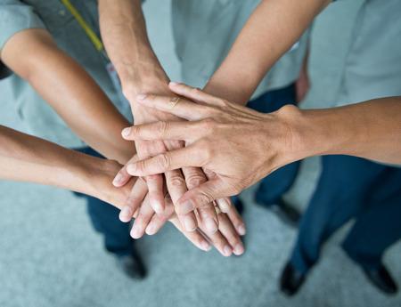 juntos: Pessoas com as m