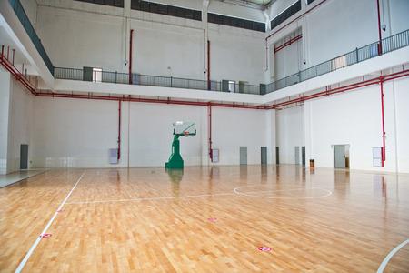 バスケット ボール コート、屋内体育館。 報道画像