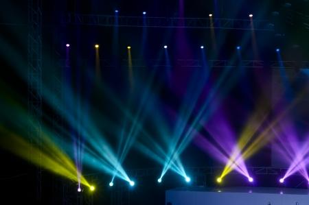 航空ショー: レーザー光線を持つベクトル舞台用スポット ライト