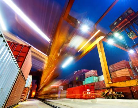 Industriële haven met containers Stockfoto - 27639837