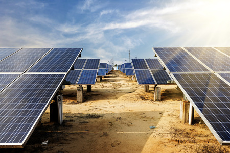 paneles solares: células fotovoltaicas Foto de archivo
