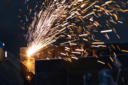 metales: metal aserrado close up