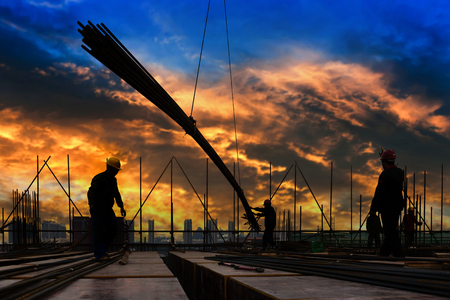 construction worker on construction site Imagens