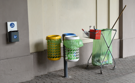 Waste bins and objects to clean the urban public space