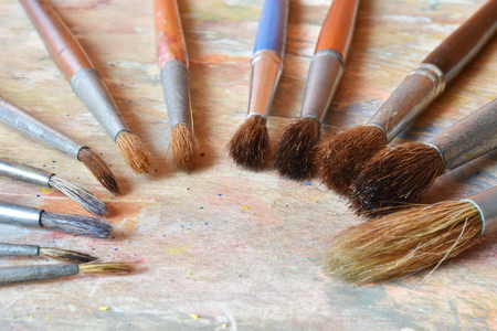 Paint brushes in order of size