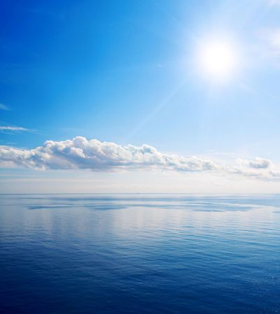 Beautiful sea and clouds sky with sun Stock Photo - 6485594