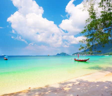 koh: longtail boat and beautiful beach. koh Tao, Thailand Stock Photo