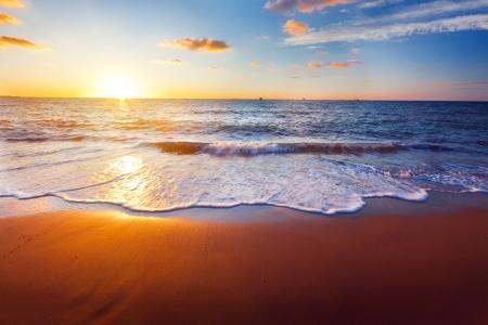 cielo y mar: puesta de sol y mar