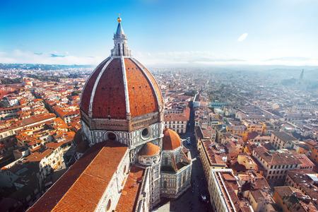 Uitzicht op de kathedraal van Santa Maria del Fiore in Florence, Italië Stockfoto - 47434673