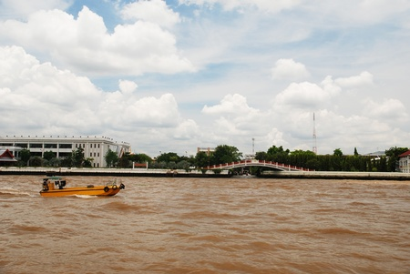 joa: The boat on the Joa Praya river in Thailand on 27 August 2011.
