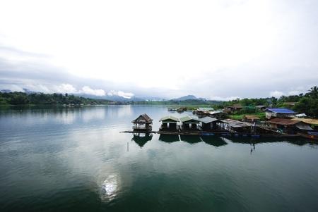 The Thai floating house in kanjanaburi Thailand Stock Photo - 13296814