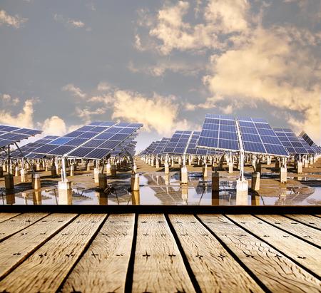 Centrale elettrica utilizzando l'energia solare rinnovabile Archivio Fotografico