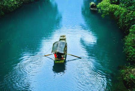 yichang: wooden boat
