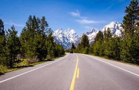 teton: Grand Teton - Road