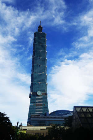 the place of interest: 101 building in taiwan