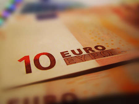 amounts: European Banknotes
