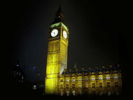 nightime: big ben