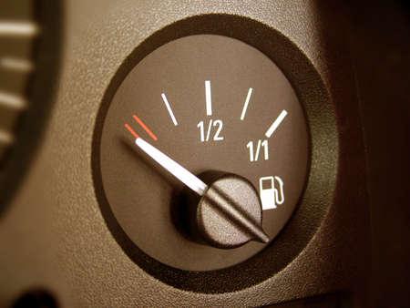 kilometraje: Tablero de instrumentos del interior del coche
