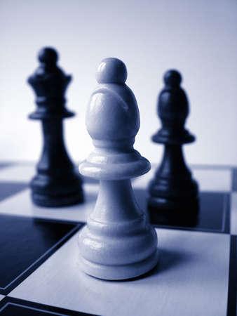 manoeuvre: Chess Pieces