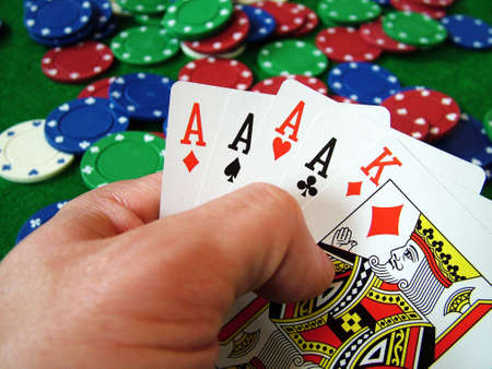 poker chips: Naipes fichas de p�quer  Editorial