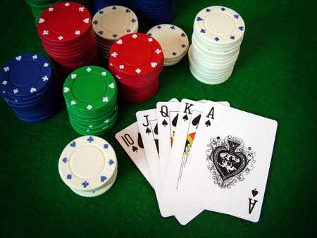 low prizes: poker