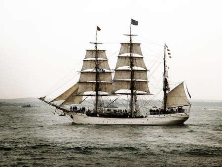 jolly: tall ship