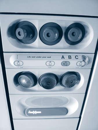 vents: Aircraft vents