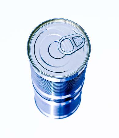 aluminium: aluminium can lid
