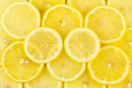 limón: piezas de lim�n amontonan juntos
