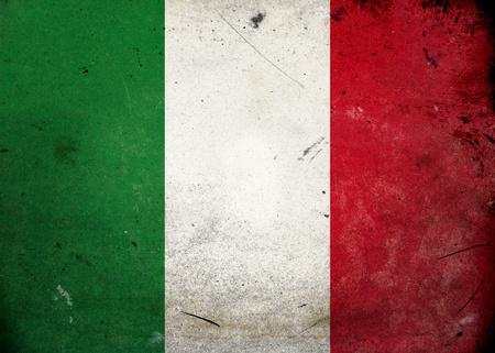 bandera italiana: La bandera de Italia en la textura del grunge de edad y de la vendimia