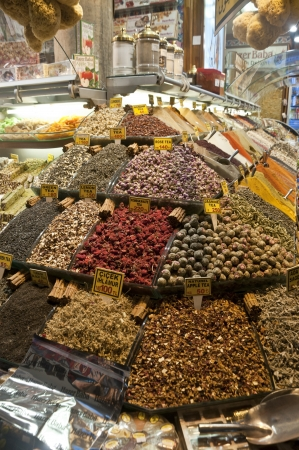 kapalicarsi: Dried herb teas and spices in Grand Bazaar,   305;stanbul