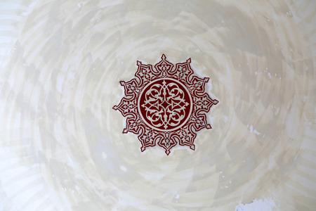 tallado en madera: Ornamentación islámica en la pared