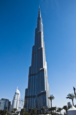 rise to the top: Burj Khalifa, Dubai