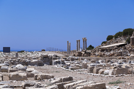grec antique: Cnide est une ancienne colonie sud-ouest de la Turquie Une ancienne ville grecque de Carie, une partie de la Dorian Hexapolis situ� sur la presqu'�le de Dat�a