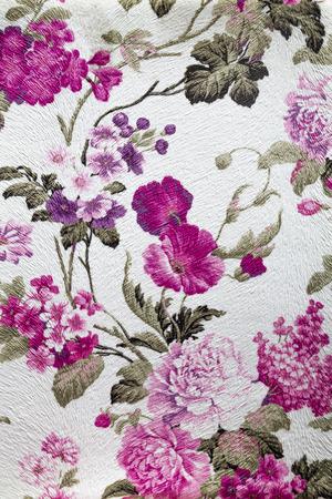 배경으로 유용한 꽃 장식과 화려한 복고풍 태피스트리 섬유 패턴의 조각 스톡 콘텐츠