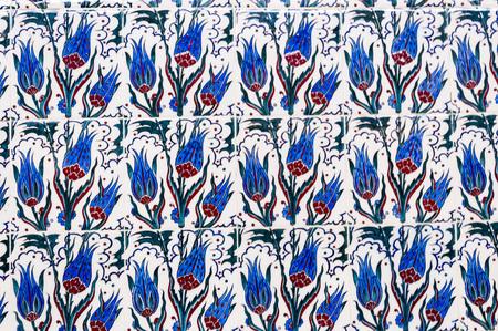 Turkish Iznik tiles, traditional Ottoman Turkish style tulip motifs on ceramic tiles Editöryel
