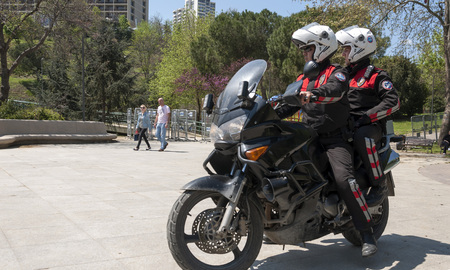 Turkse politieagenten met motobike Stockfoto - 80364031