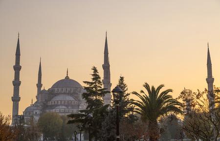 topkapi: Sultahmet Mosque silhouette in the sunset