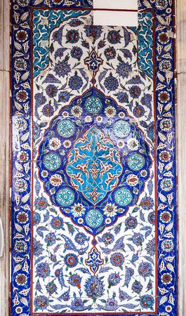 iznik: Iznik style Turkish tiles with floral ornaments, tulip motifs on ceramic tiles
