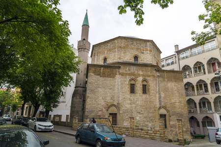 ottoman empire: Belgrade, Serbia - April 18, 2016: An Ottoman style mosque with minaret. The Bajrakli mosque is the only remaining mosque in Serbia which was built around 1575 by the Turkish Ottoman Empire.
