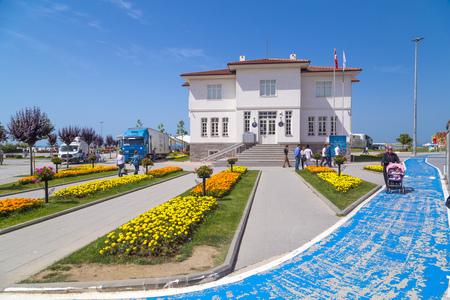 marmara: Yalova, Turkey - May 16, 2016: View from the Yalova City Hall, central square of Yalova city located Marmara Coast, Turkey. Daily life and cityscape on May 16, 2016.